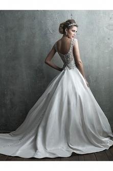 Allure Bridals Wedding Dress C305