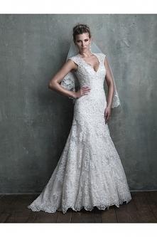 Allure Bridals Wedding Dress C309