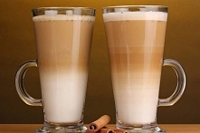 Caffe latte  podwójne espresso 150 ml mleka (najlepiej 3,2%) cukier (opcjonal...