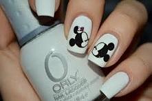 Sweet Mickey and Minnie <3