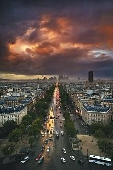 Paris, Avenue des Champs-Él...