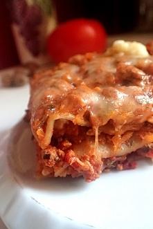 Przepis na domową lazanię z mięsem mielonym i pomidorami po kliknięciu na zdjęcie ;)