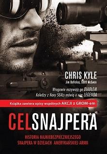 Chris Kyle - Cel Snajpera Mój nowy faworyt <3 Zaraz po obejrzeniu filmu sięgnęłam po książkę. Czas, który nad nią spędziłam nie uważam za stracony. Nie raz popłakałam się prz...