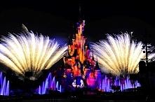 Disneyland nocą ;)