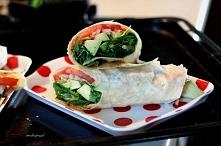 Tortilla warzywna z awokado