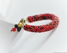 koralikowo szydełkowa bransoletka czerwona