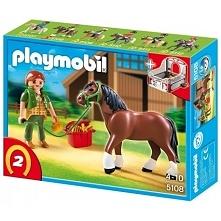 Kolejna Figurka od Playmobil.   Playmobil 5108 - Koń Shire z Boksem serii Cou...