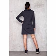 Sukienka dresowa z półgolfem M012
