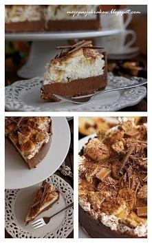 tort czekoladowy z bananami i bitą śmietaną  Składniki na spód: 230g herbatni...