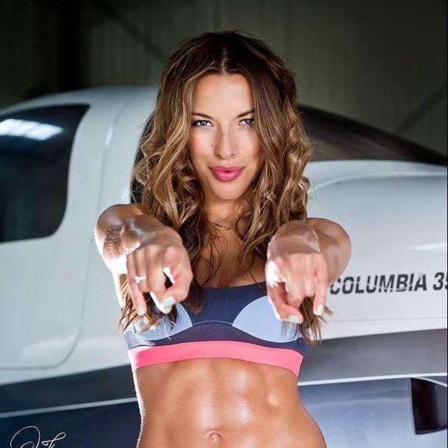 Pierwszy dzień skalpel za mną :) Jednak ćwiczenia dają dużo szczęścia *,* A co wy ćwiczycie?