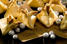 CIASTECZKA Z WRÓŻBĄ  Składniki: 2 szkl. mąki pszennej 1/2 kostki masła 50 g c...