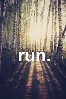 Hej wszystkim!  Mam pytanie. Biegam drugi dzień, tak wiem... to początek.  Pi...