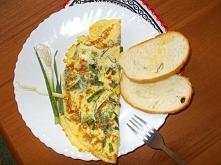 omlet francuski z ziołami-szybki, prosty w wykonaniu i przepyszny :)
