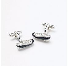 Niebanalne spinki męskie do mankietów w kształcie butów piłkarskich - pomysł ...