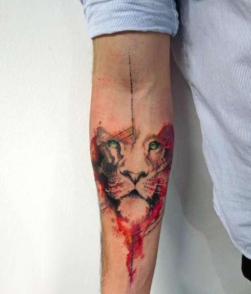 Tatuaż Lwa Na Przedramieniu Na Tatuaże Zszywkapl
