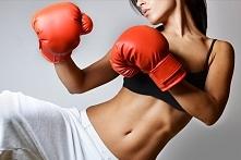 Kobiety trenujące boks co myślicie ? :)
