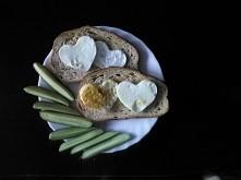 pomysł na śniadanie - jajko sadzone na tostach