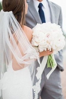 Bukiety ślubne z piwonii zdjęcia.>>