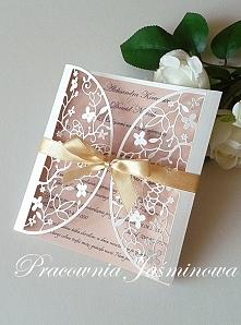 Zaproszenie z ażurowym frontem Pracownia Jaśminowa/facebook