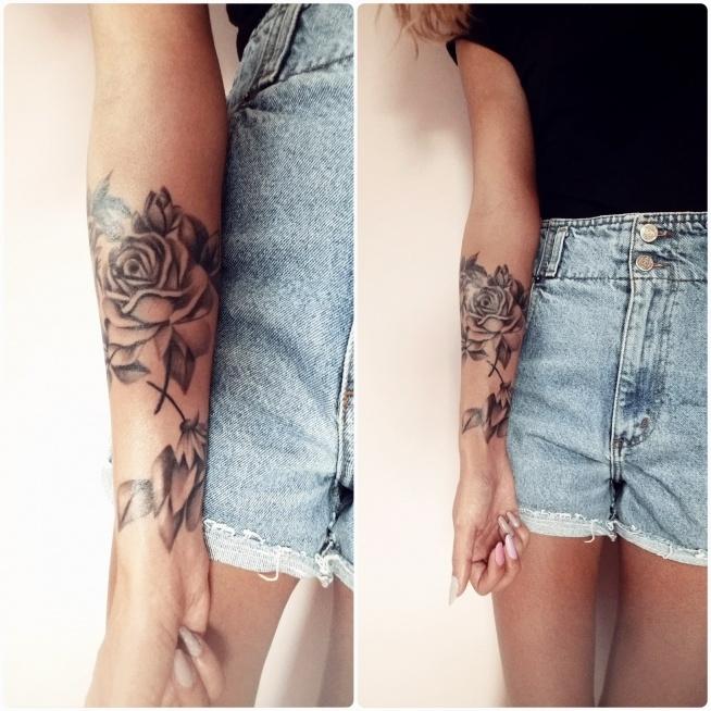 """Moje cudeńko zagojone ! ♡ 4 róże MOJEGO autorstwa pięknie odwzorowane w """" Jah Love Tattoo Studio Tatuażu Warszawa """""""
