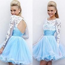 blekitna sukienka