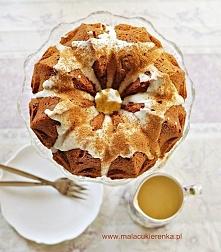 Ciasto marchewkowo – kokosowe z orzechami i polewą. Przepis po kliknięciu w z...