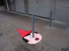 Sztuka uliczna nigdy nie nudzi! Zwłaszcza taka! Więcej po kliknięciu na zdjęcie.