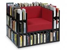 być w towarzystwie książek ... <3