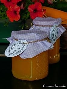 Pomarańczowy dżem z cukinii