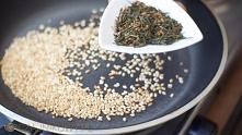 Herbata ryżowa  Genmaicha - idealna do sushi  Potrzebujemy zieloną herbatę ty...