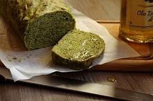 chleb ze szpinakiem  s k ł a d n i k i:      300 g szpinaku mrożonego (rozdrobnionego i rozmrożonego)      4, 5 szklanki mąki pszennej      20 g drożdży      5 łyżek oliwy z oli...