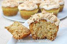 Muffinki migdałowo- miodowe...