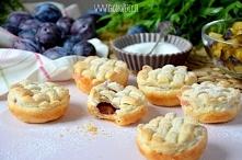 Proste ciasteczka ze śliwkami, przepis po kliknięciu na zdjęcie