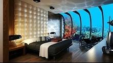 Pokój w podwodnym hotelu w Dubaju