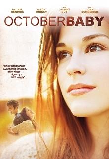 Każde życie jest cudem. Historia dziewczyny, która po 19latach dowiaduje się, że jest adoptowana. Z przyjacielem wyrusza w podróż, by odnaleźć biologiczną matkę..