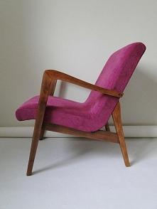 Fioletowy fotel prl po reno...