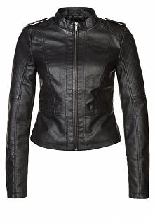 Czarna kurtka jesienna, ramoneska