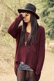 śliczny burgundowy sweter