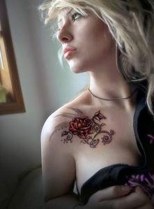 tatuaże damskie piękna róża