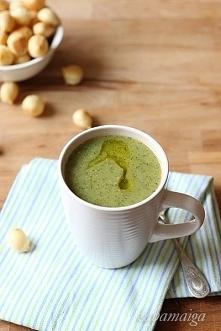Zupa brokułowa z soczewicą