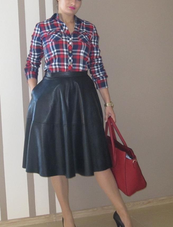 Modna spódnica midi-nowa z metką-rozmiar S-czarna z eko skóry-na sprzedaż, kontakt: mewa791@wp.pl