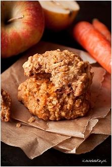 Ciastka owsiane na mące owsianej z jabłkami lub marchewką – przepis