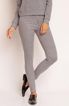 Nommo NA81 spodnie czarno-białe Modne spodnie, dopasowany fason, wykonane z m...