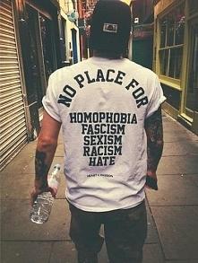 Strach ma wiele imion, jeszcze więcej nienawiść A teraz nie mamy nic wspólnego poza zdjęciami.