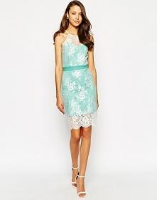 Koronkowa sukienka na sylwestra, niebieska