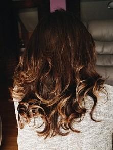 Chciałabym podzielić się z wami moją włosową historią. Rok temu zamarzył mi s...