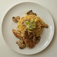 Tagliatelle z kurczakiem i grzybami. Przepis na blogu. myniowska.blogspot.com