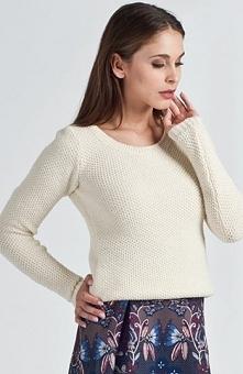 MKM Iga sweter ecru Modny sweter damski, klasyczny fason, idealne uzupełnieni...