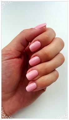 Semilac 47 Pink Peach Milk - czyli kolor na imprezę, uczelnię, spotkanie biznesowe lub ze znajomymi, czy też na romantyczną kolację z ukochanym -po prostu na każdą okazję :) kom...