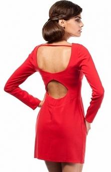 Moe MOE187 sukienka czerwona Seksowna sukienka, dopasowany fason, wykonana z jednolitego materiału